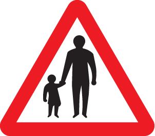 Pedestrians in road ahead class R2 600mm